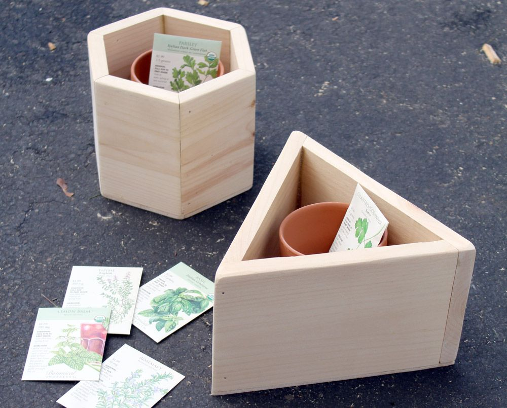 How To Build A Hexagon Diy Planter Box For An Indoor 400 x 300