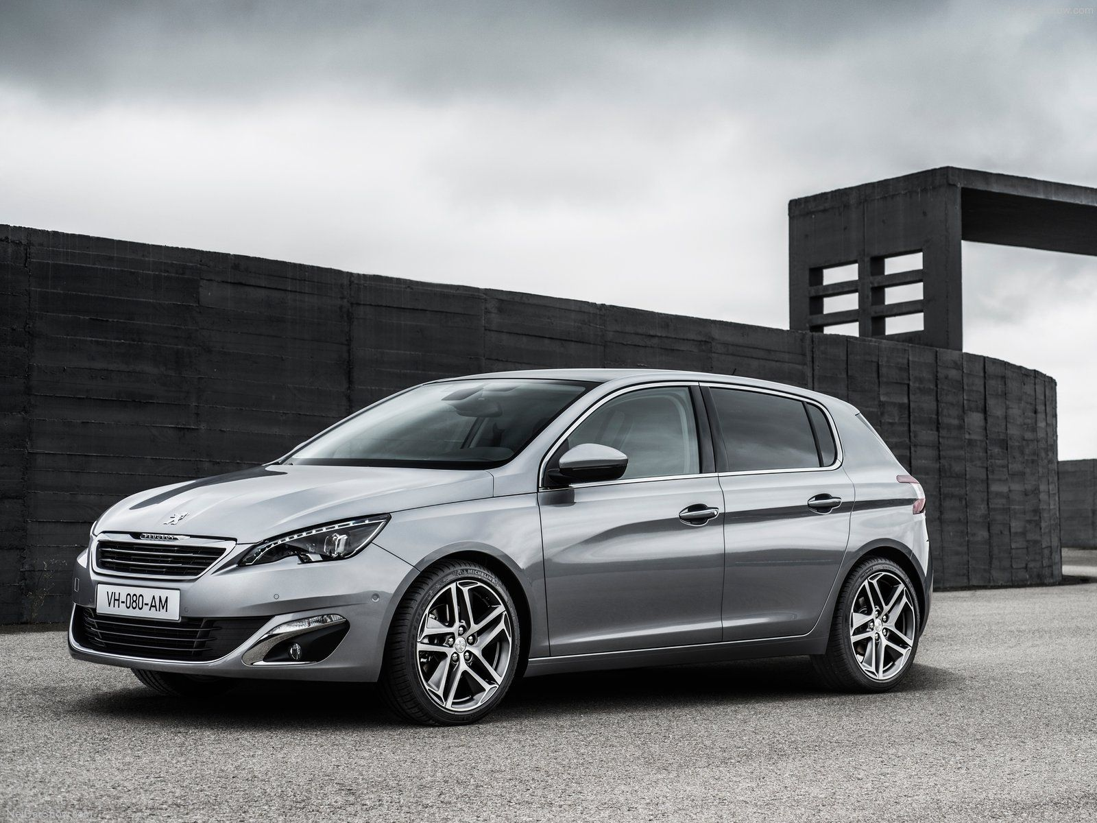 2013 2014 peugeot 308 in grey nice new french car http
