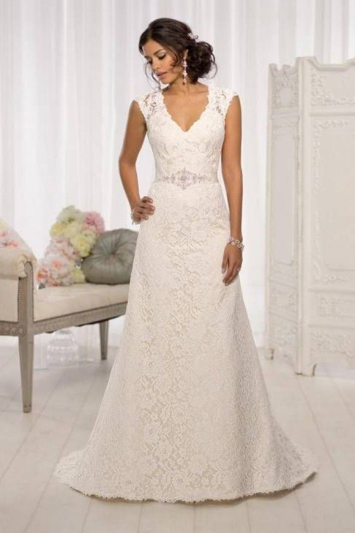Italian Lace Wedding Gowns at Bargain Prices
