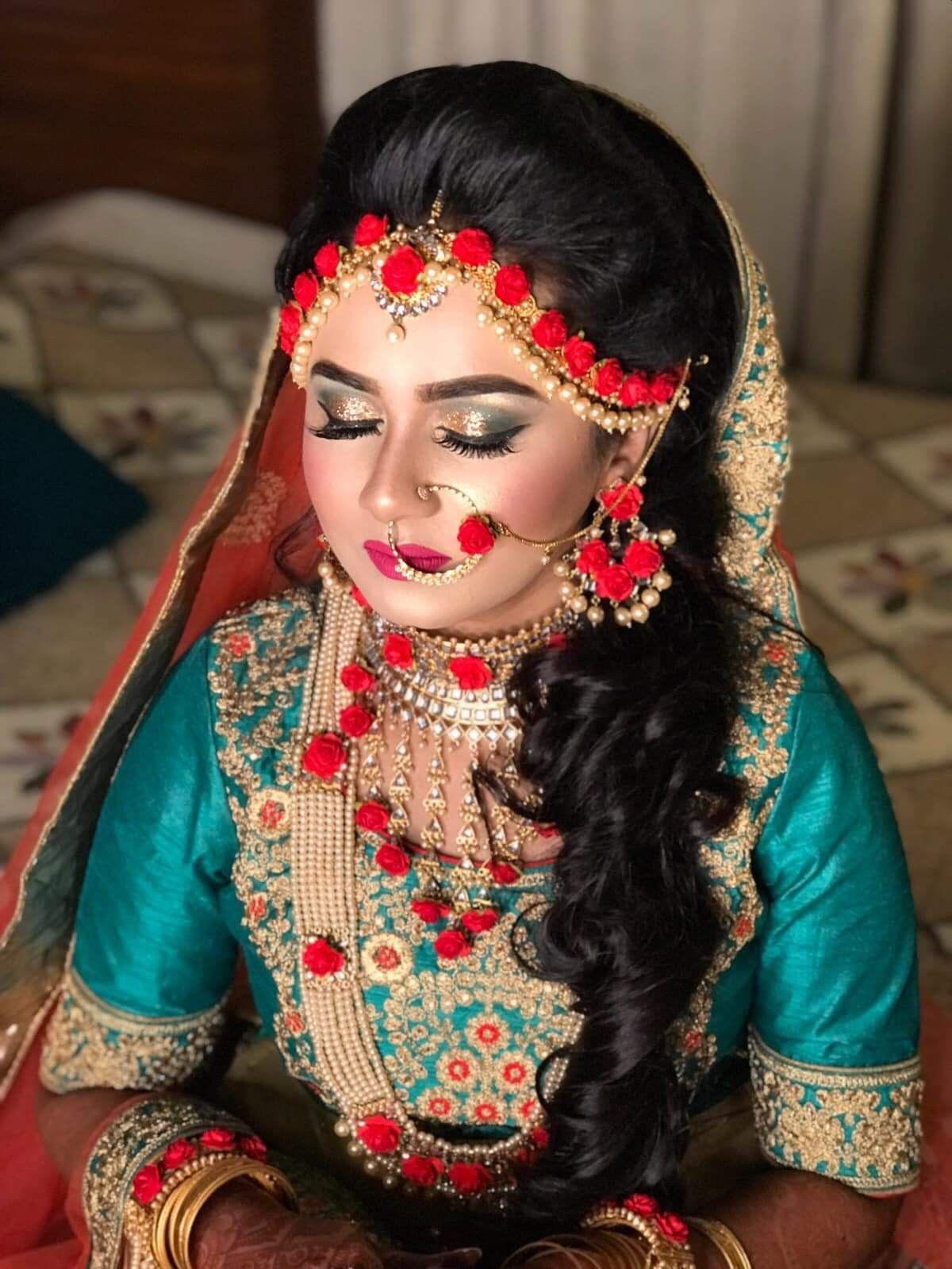 Pin by Peya on Holud Program Ideas Indian wedding makeup