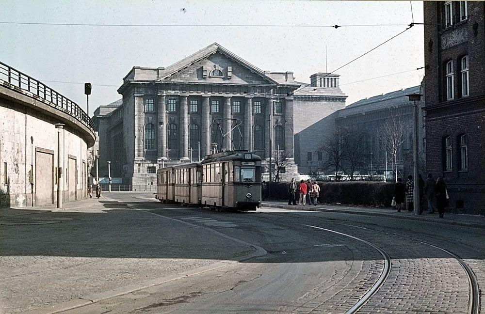 Am Kupfergraben Berlin