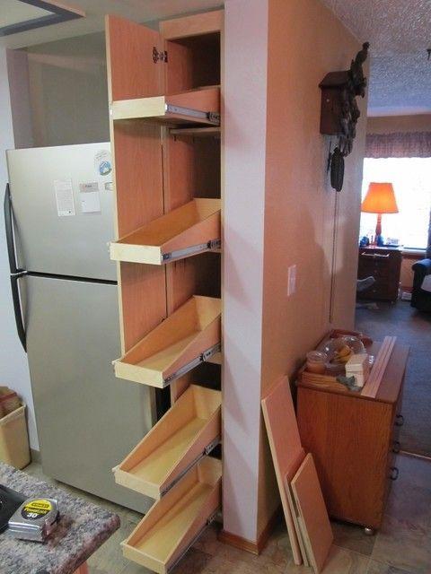 Estrecha despensa gabinete - foter | Pullout Storage pantry ideas ...
