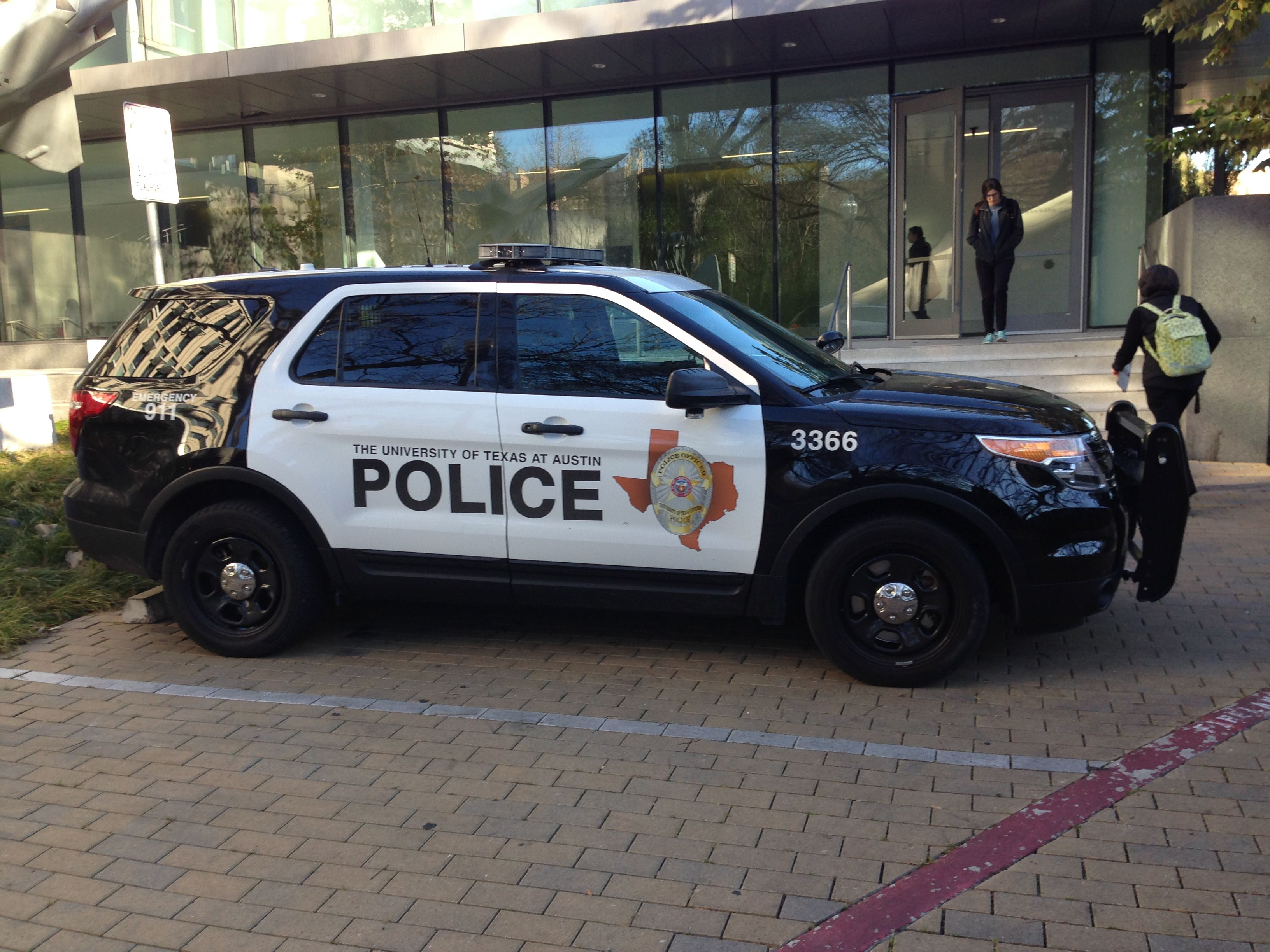 The University Of Texas At Austin Police Ford Suv Police Cars Austin Police Police