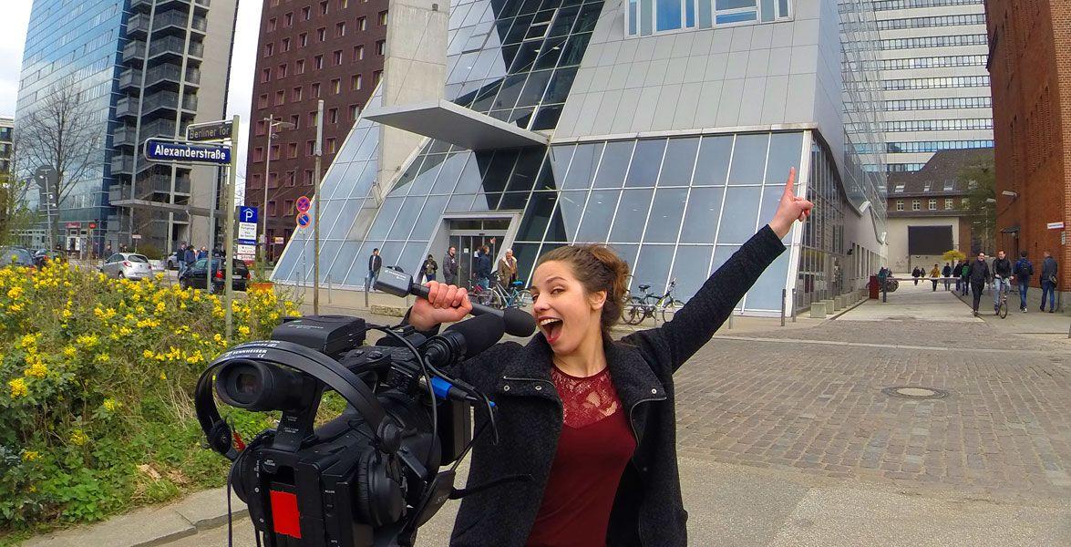 Wie halten sich Studenten fit? - Pointer-Reporterin Viktoria hat sich an der Hochschule für Angewandte Wissenschaften in Hamburg umgehört: Wie halten es die Studierenden mit Sport und Fitness?