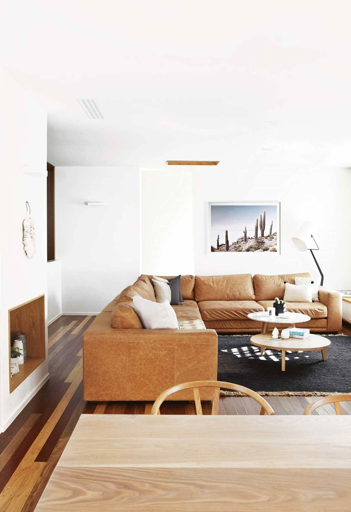 A Beach House In Noosa Was Given A Family Friendly Renovation Living Room Decor Rustic Home Decor Rustic Chic Living Room