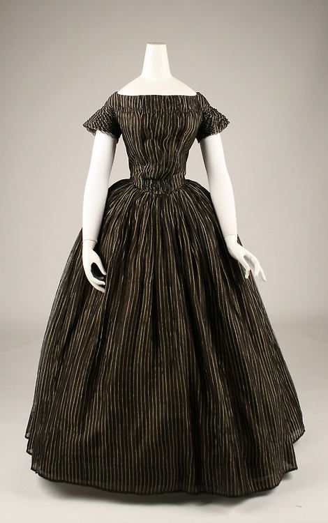 Luto1840s Historia La De ModaVestidos 1840 Vestido KuJTl1Fc3