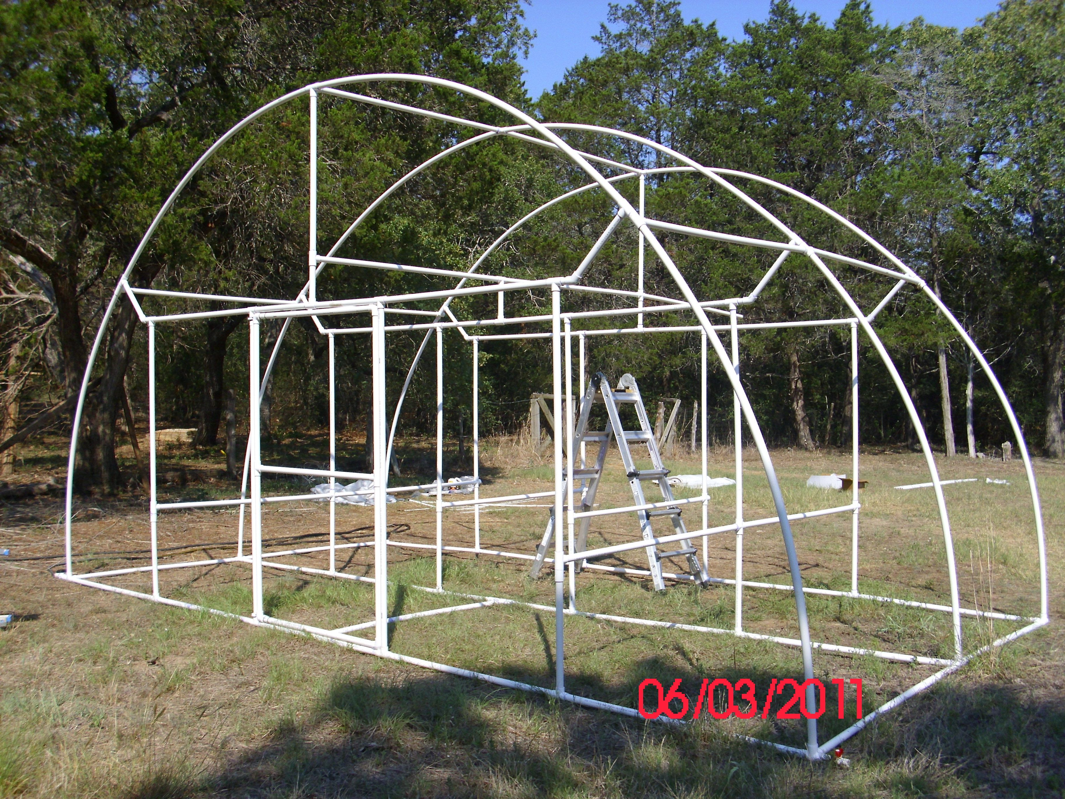 Pictures Of A Quot Build It Yourself Quot Pvc Dome Greenhouse Greenhouse Plans Greenhouse Farming Greenhouse Supplies