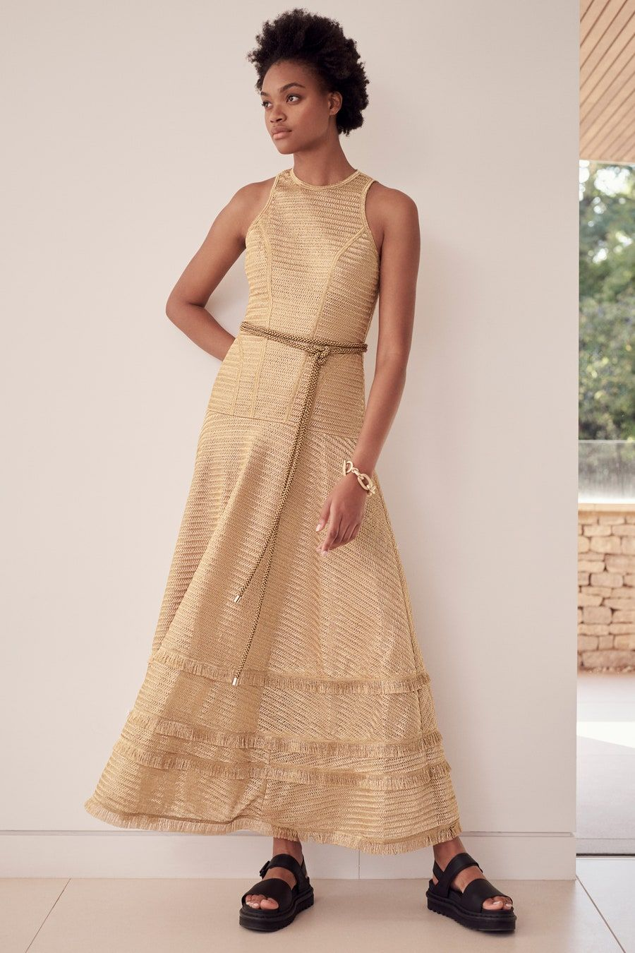 Amanda Wakeley Spring 12 Ready to Wear Fashion Show in 12 ...