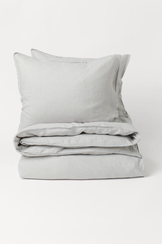 Dekbedset Van Gewassen Linnen Lichtgrijs Home H M Nl Washed Linen Duvet Cover Duvet Cover Sets Linen Duvet