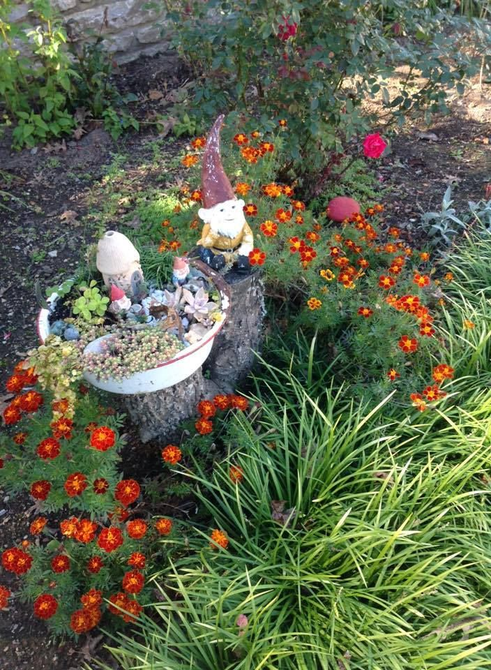 This Gnome Hill Is By Fellow Miniature Garddener Deena   Cuteness! The Gnome  Has A Mini Gnome Garden!