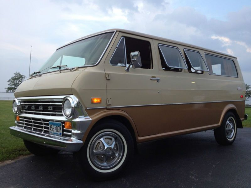 Ford E Series Van Club Wagon Chateau Ford Van Cool Vans Van