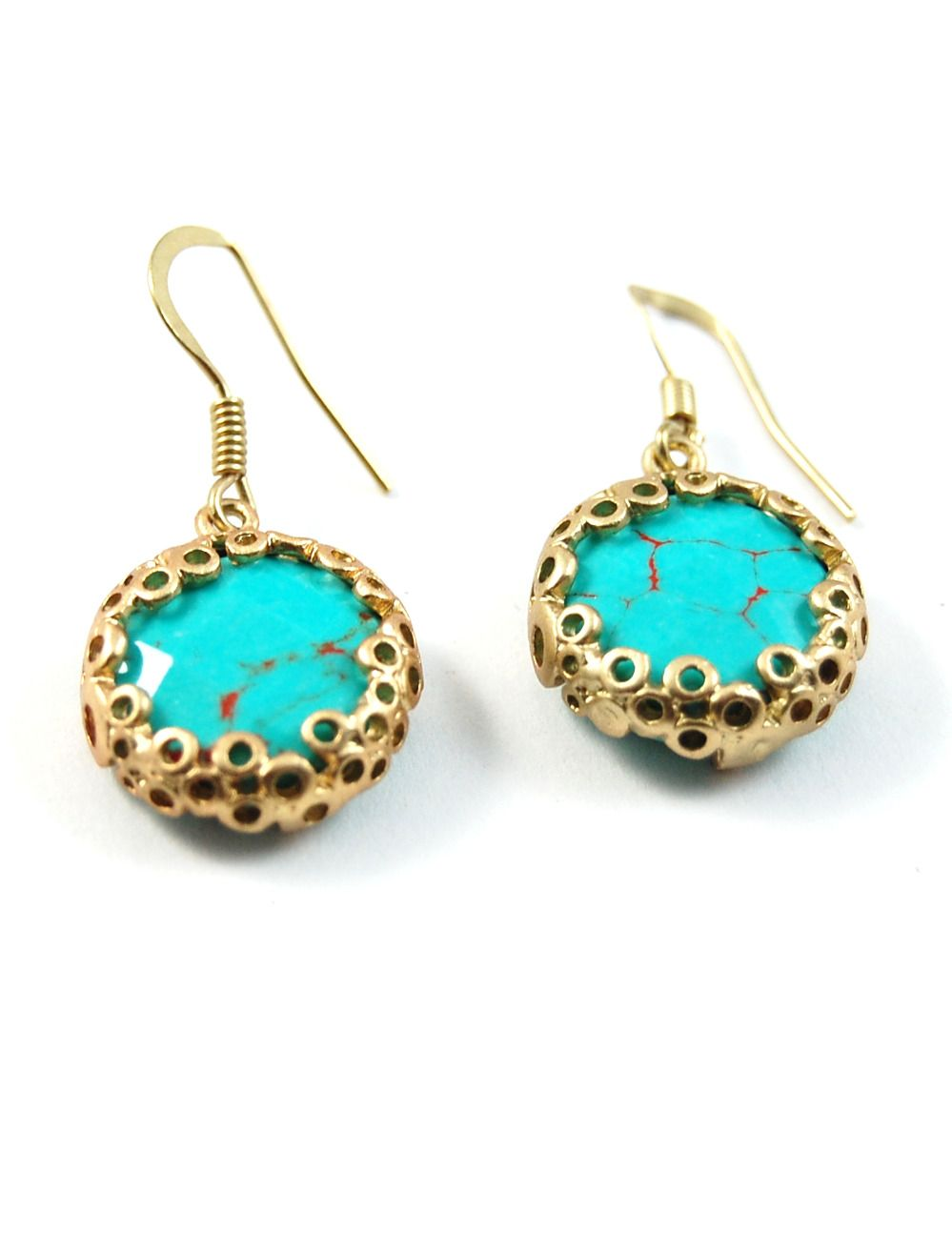 Natural turquoise stone with red marbling creates these simple and versatile earrings that are great for all occasions. Item Details:Size : 1/2