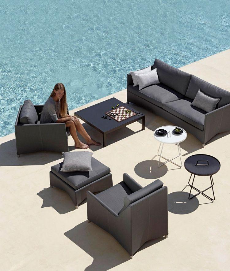 Moderne Gartenmöbel aus Rattan - Sitzgruppe mit Polsterung in Grau - gartenmobel rattan sitzgruppe