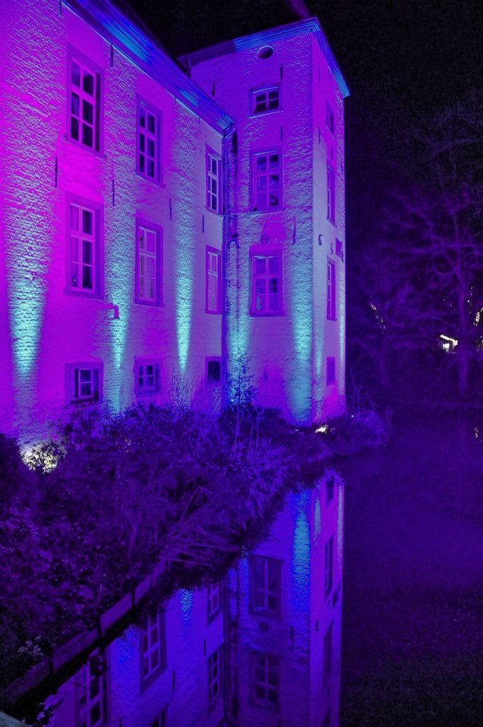 Wasserschloss Haus Voerde Ein Tolles Standesamt Verpottet In 2020 Schloss Ausflug Reisen