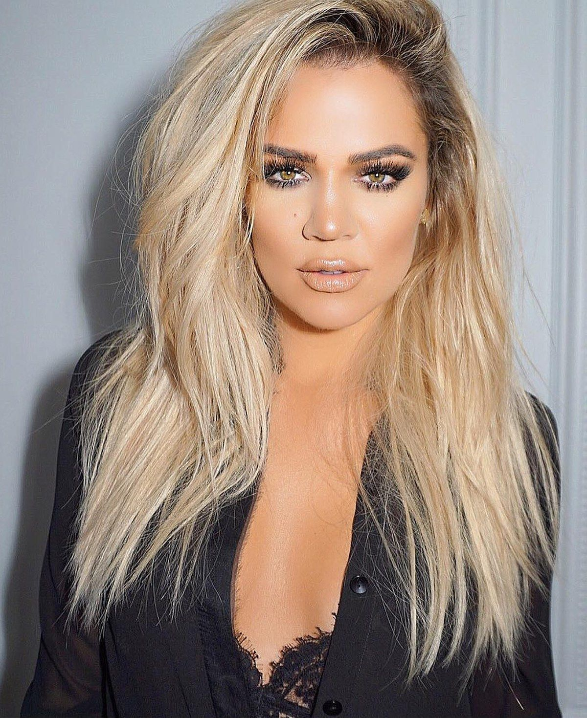 With so many hair-care items on the market, proclaiming that something is your favorite is a big deal. Is like an unofficial marriage—you put it above all others. But when you're Khloé Kardashian, giving your stamp of approval is huge.