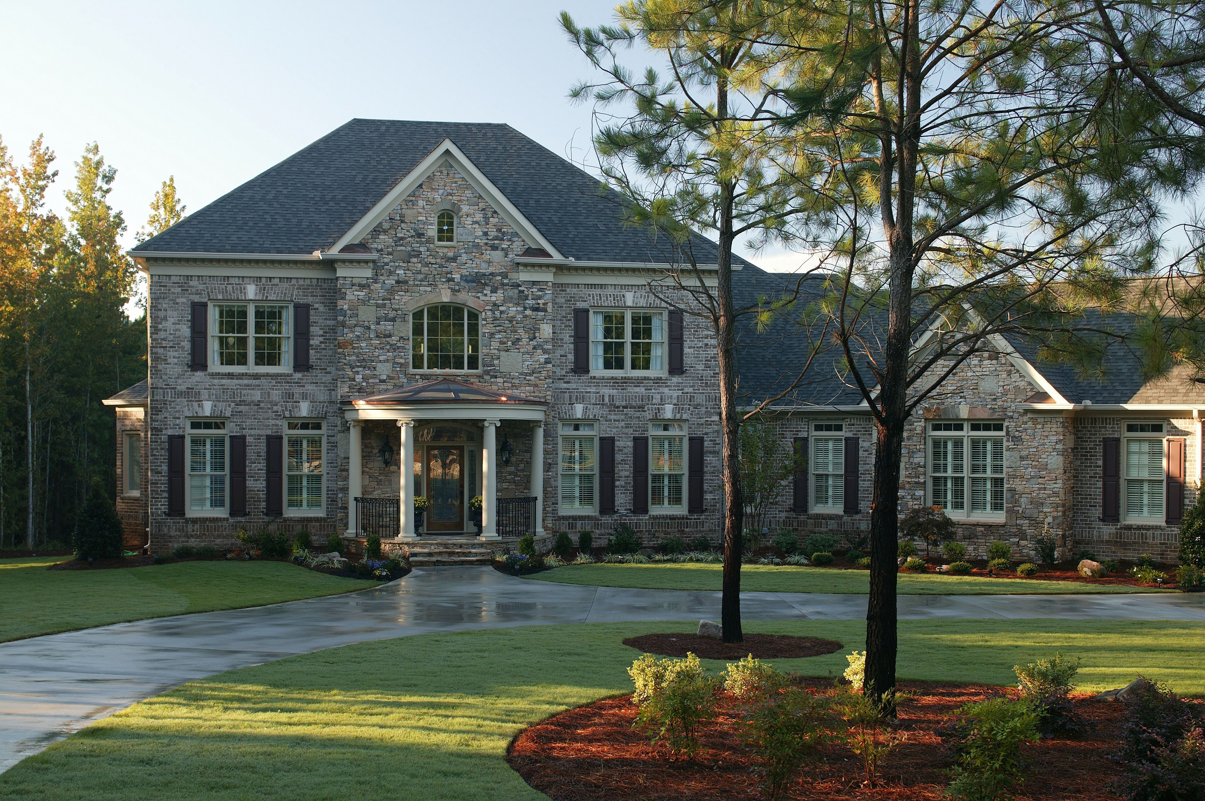 Do you know all the costs of driveway paving house
