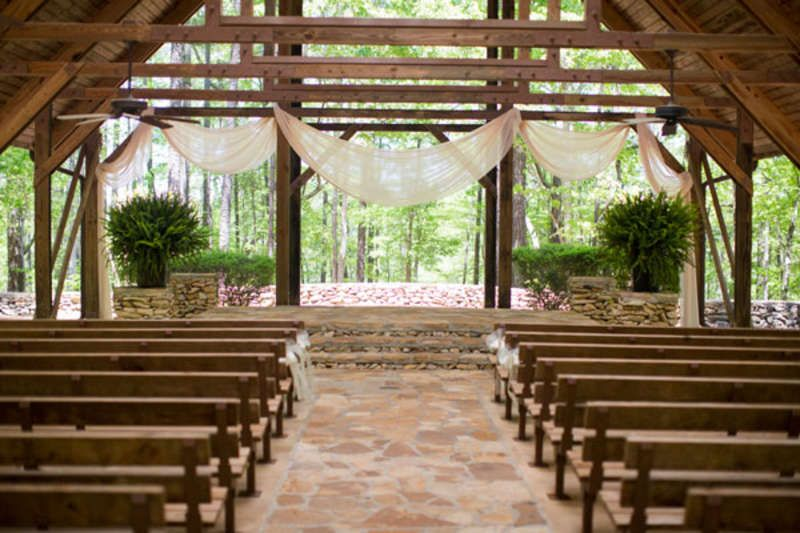 Ray and lauras sweet alabama wedding by matt mathews photography open air chapel with pews junglespirit Image collections