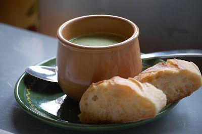 Onze Franse Keuken: Simpele soep met prachtige naam: Potage du père Tranquille (met kropsla)