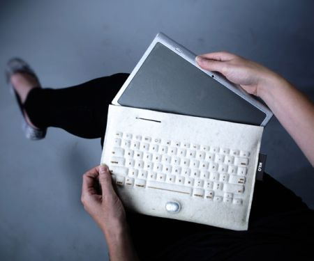 An iPad protective case that doubles as wirelessly-controlled keyboard. When you take your tablet with the Hilo, you're actually taking around a desktop! Cool.