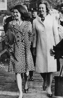 1960 Katharine Graham Walking In Georgetown With Jacqueline Kennedy