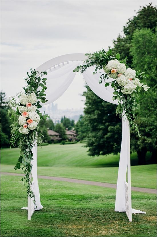 12 Of The Uniquely Chic Wedding Ceremony Arch Ideas You Ll Never Forget Ceremonyflowerarch Best Tip Ever Ide Perkawinan Pernikahan Buket
