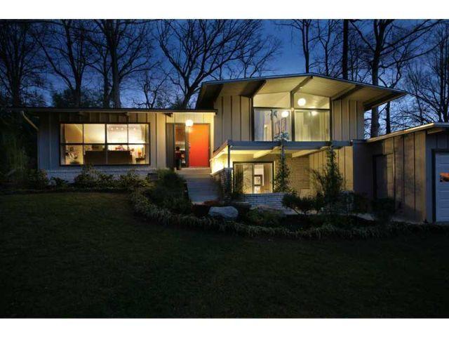 Mid century modern split level exterior google search for Modern split level house