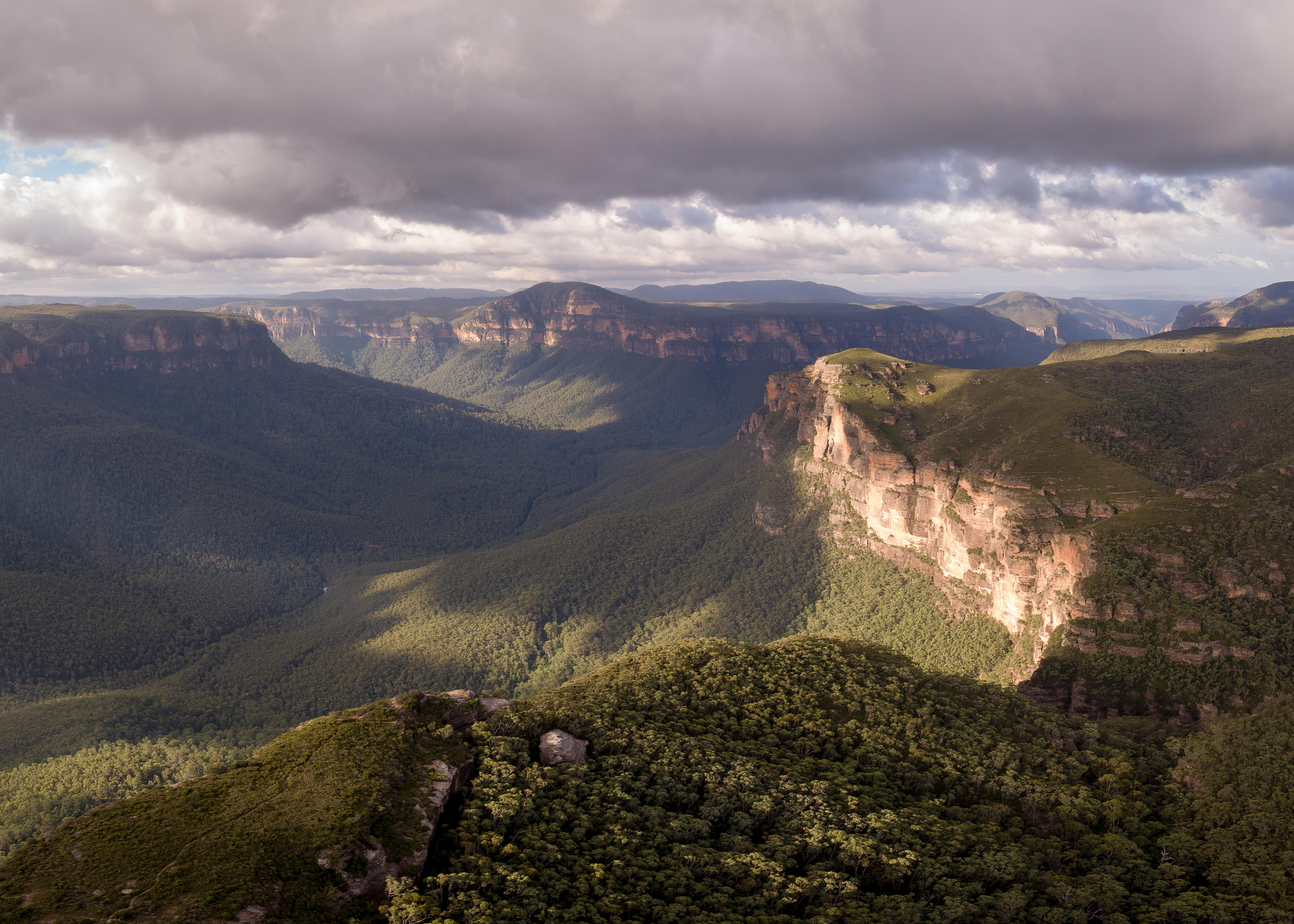 The Grose Valley Blue Mountains Australia Oc 6185x4418 Https Ift Tt 2urfm3b Blue Mountains Australia Blue Mountain Beautiful Images Nature