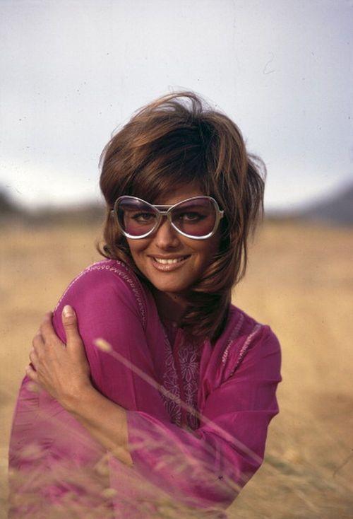 Claudia Cardinale. #zienrs #sunglasses