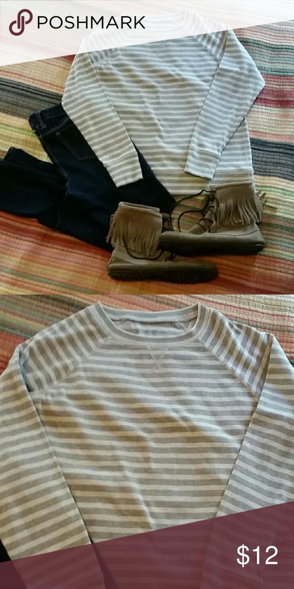 Eddie Bauer Henley Sweater EUC. Gray and Heather gray stripes. Eddie Bauer Sweaters Crew & Scoop Necks