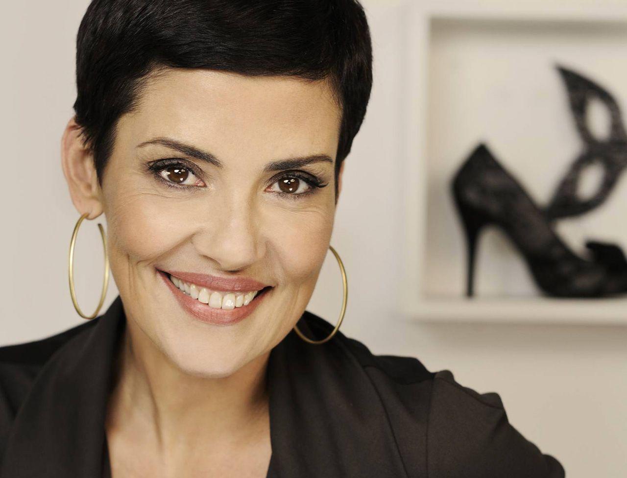 bon ajustement 28860 78cfc L'interview 100 % mode de Cristina Cordula | Cristina ...
