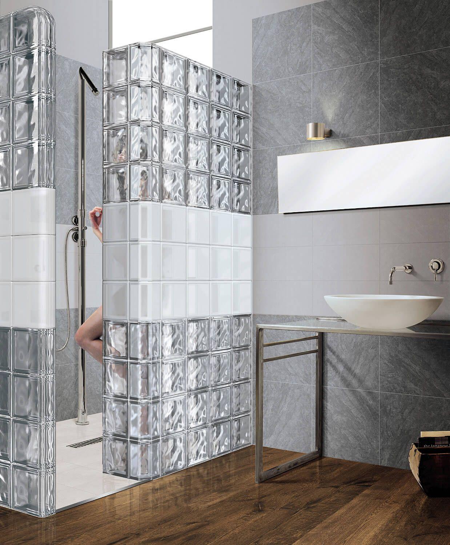 Vyuziti Sklenenych Tvarnic A Cihel V Interieru Glass Blocks Wall Bathroom Glass Wall Brick Bathroom