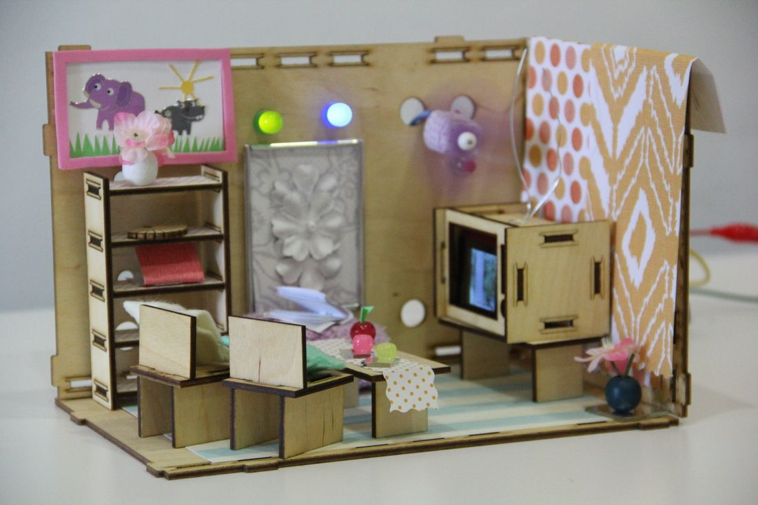 roominate dollhouse for girls to design build and wire for rh pinterest com Shoebox House Project Interior Designs Shoebox Houses Made to Look Like