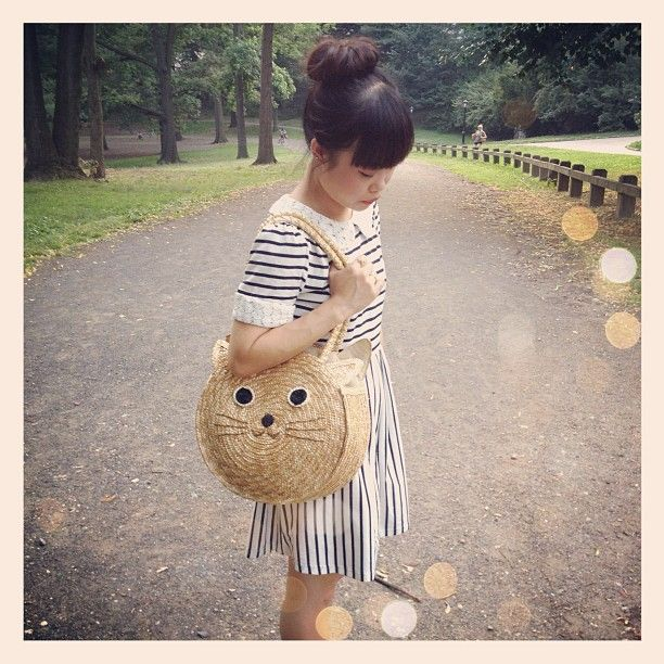 it's not her, it's me. - San Francisco Bay Area Fashion Style Blog: Cat-Toting Around Central Park