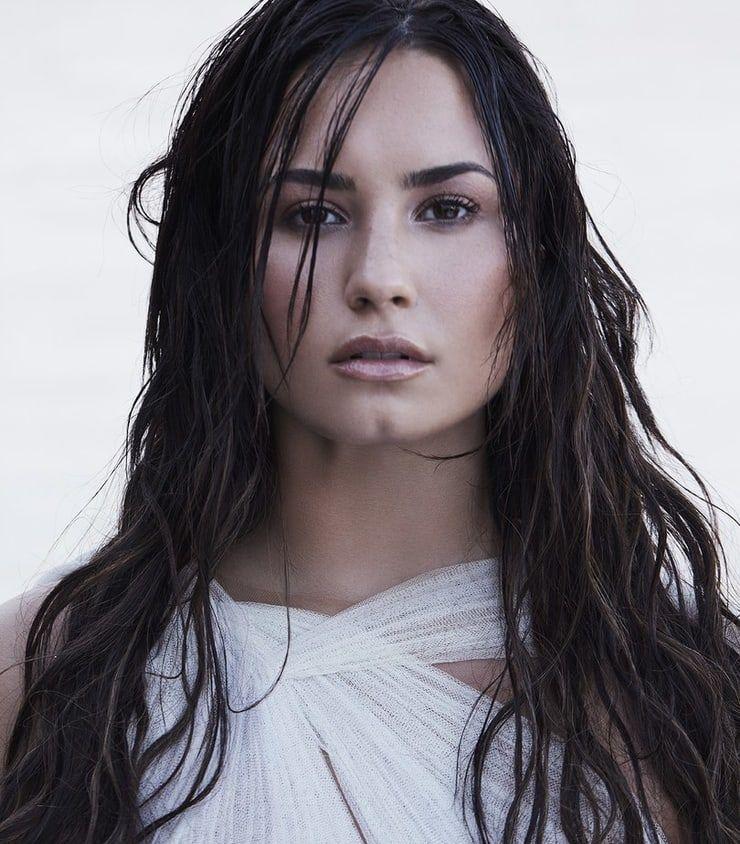 Top 10 Google S Most Searched World Celebrities Of 2018 Demi Love Demi Lovato Lovato