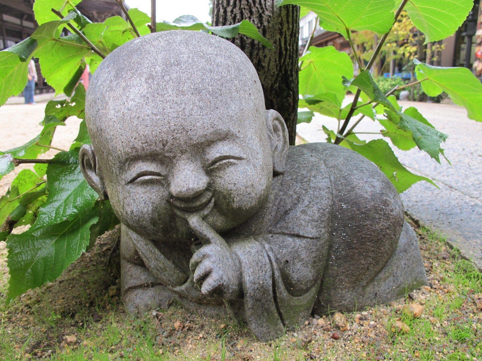 Hidden buddah boeda beelden pinterest buddha buddhismus en skulpturen - Steinfiguren buddha garten ...
