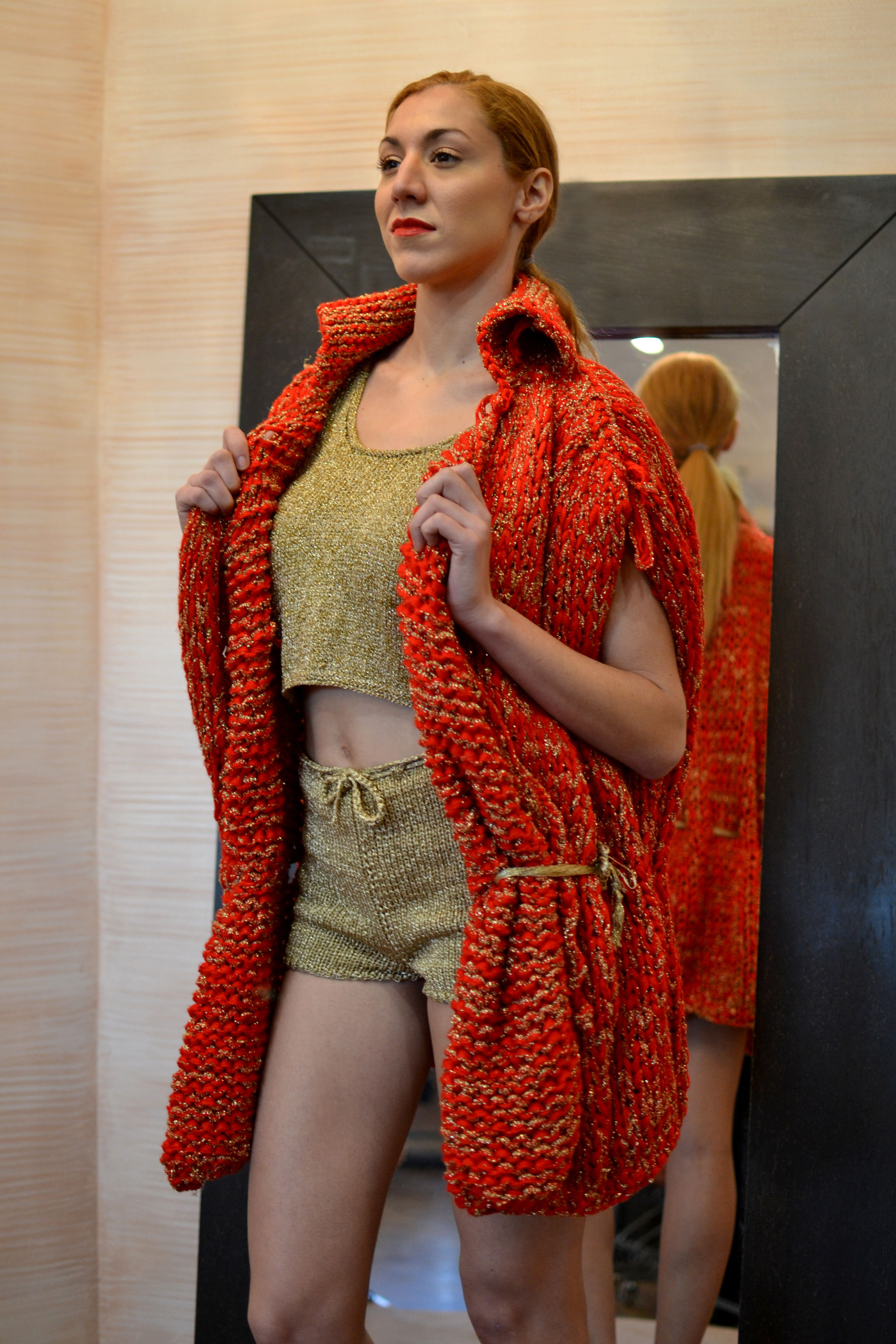 Look u crimsongold cocoon knitted vest u gold metallic knitted