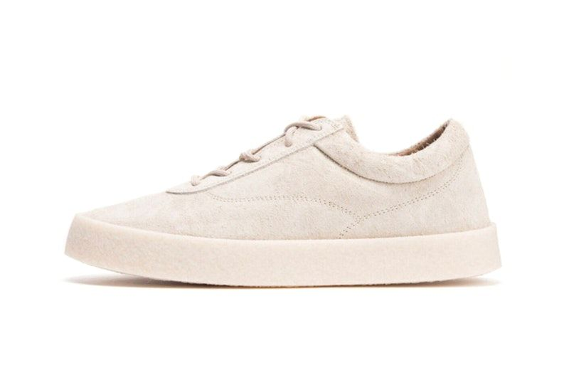 Kanye West YEEZY Season 6 Chalk Thick Snaggy Suede Crepe Sneaker Leak Cream  Creme Low Top Yeezy Mafia Yeezy Supply 0c042789d03