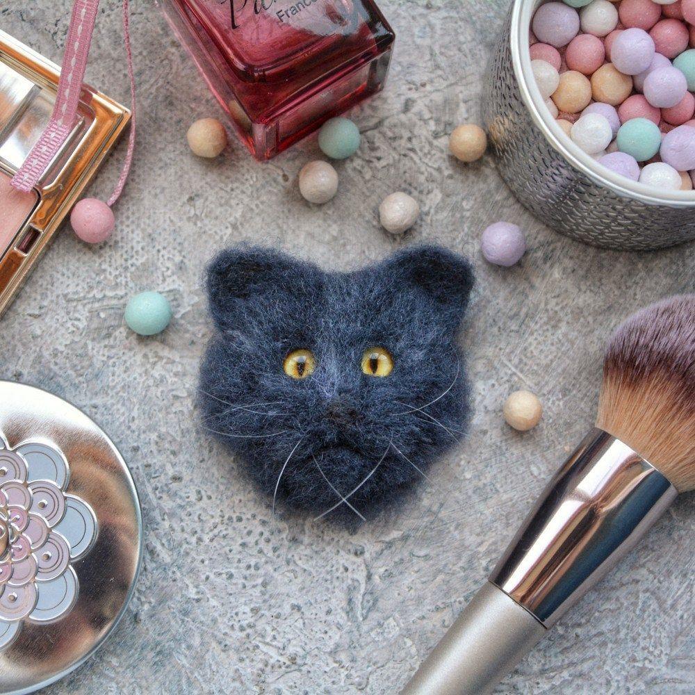 Cat portrait/Pet portrait/Needle felted animal/Felt cat