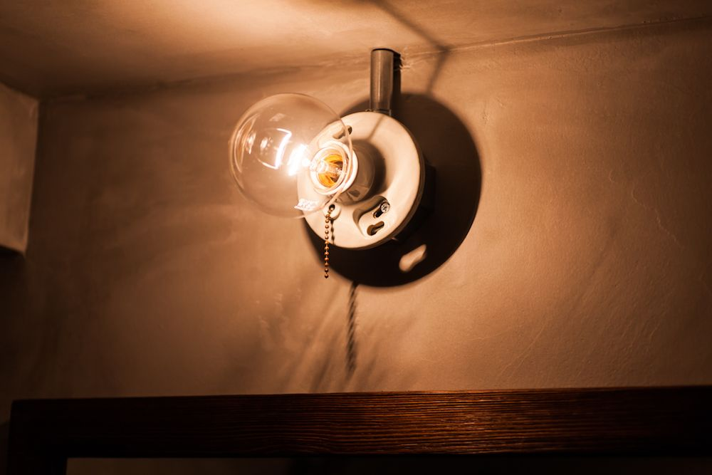 S様邸 小岩 浴室 バスルーム 洗面 照明 ライト 裸電球 Acehotel エースホテル カルデバイ Kaldewei Tform Ecodeco エコデコ リノベーション Renovation 浴室 照明 照明 リノベーション