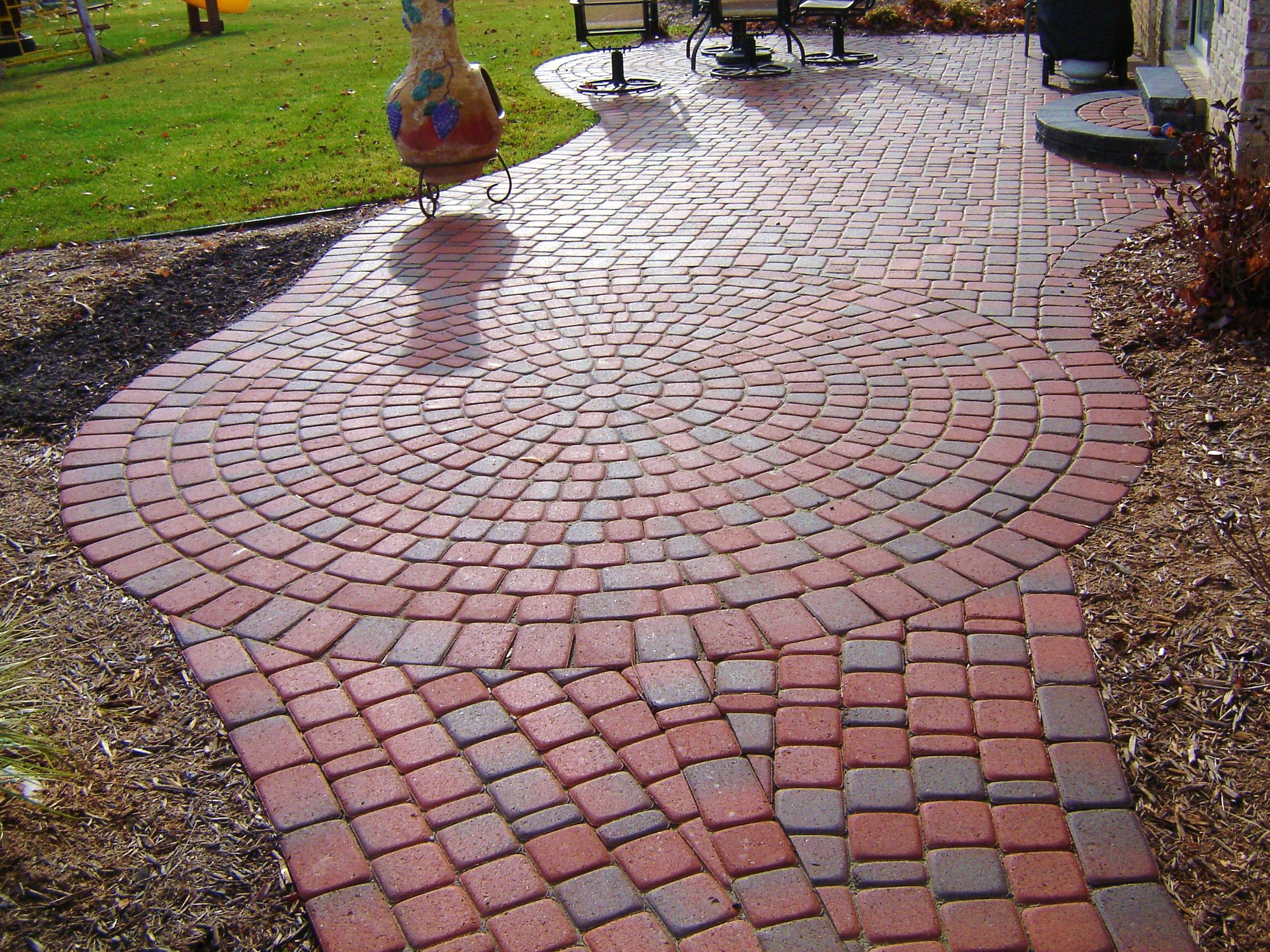 old greenwich cobble brick paver patio in plymouth mi  i have always loved how the sun creates