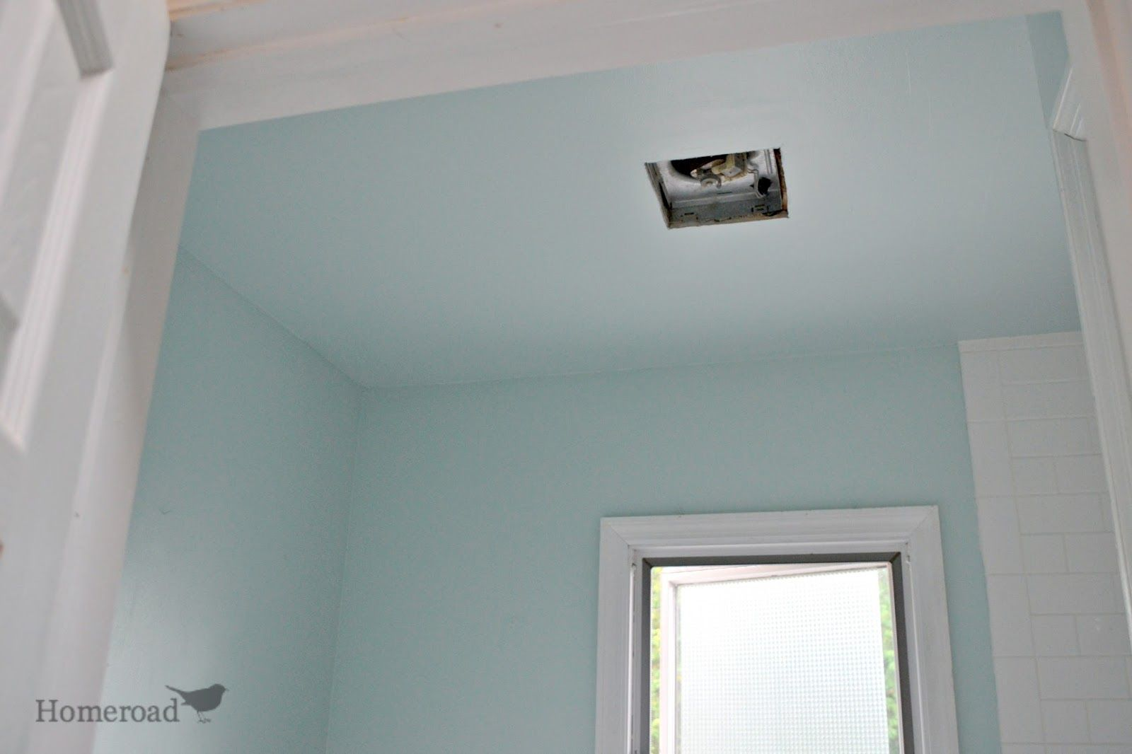 What type of paint is recommend for a bathroom ceiling?