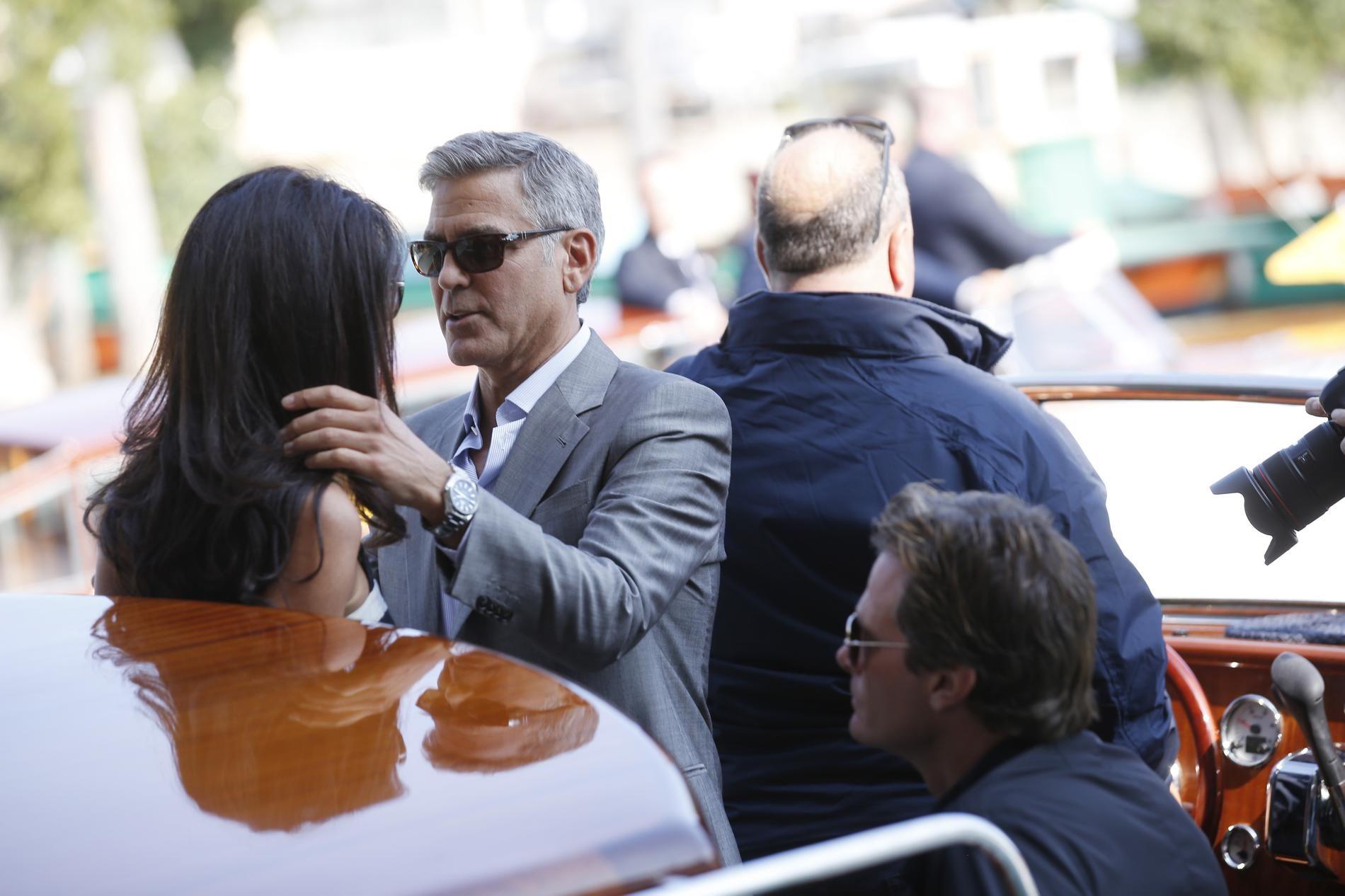 Le point Clooney : Amal a chassé George de leur chambre -...