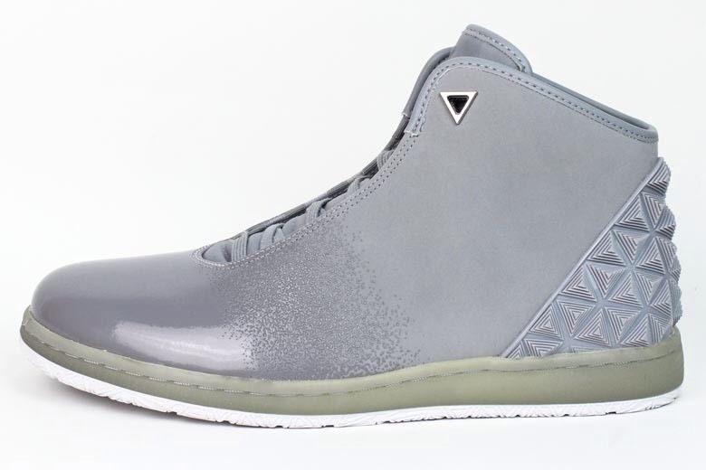 Nike Air Jordan Instigator off Court Basketball Shoes Wolf Gray705076 005  12. Nike Air Jordan Men's Jordan Instigator Wolf Grey/White ...