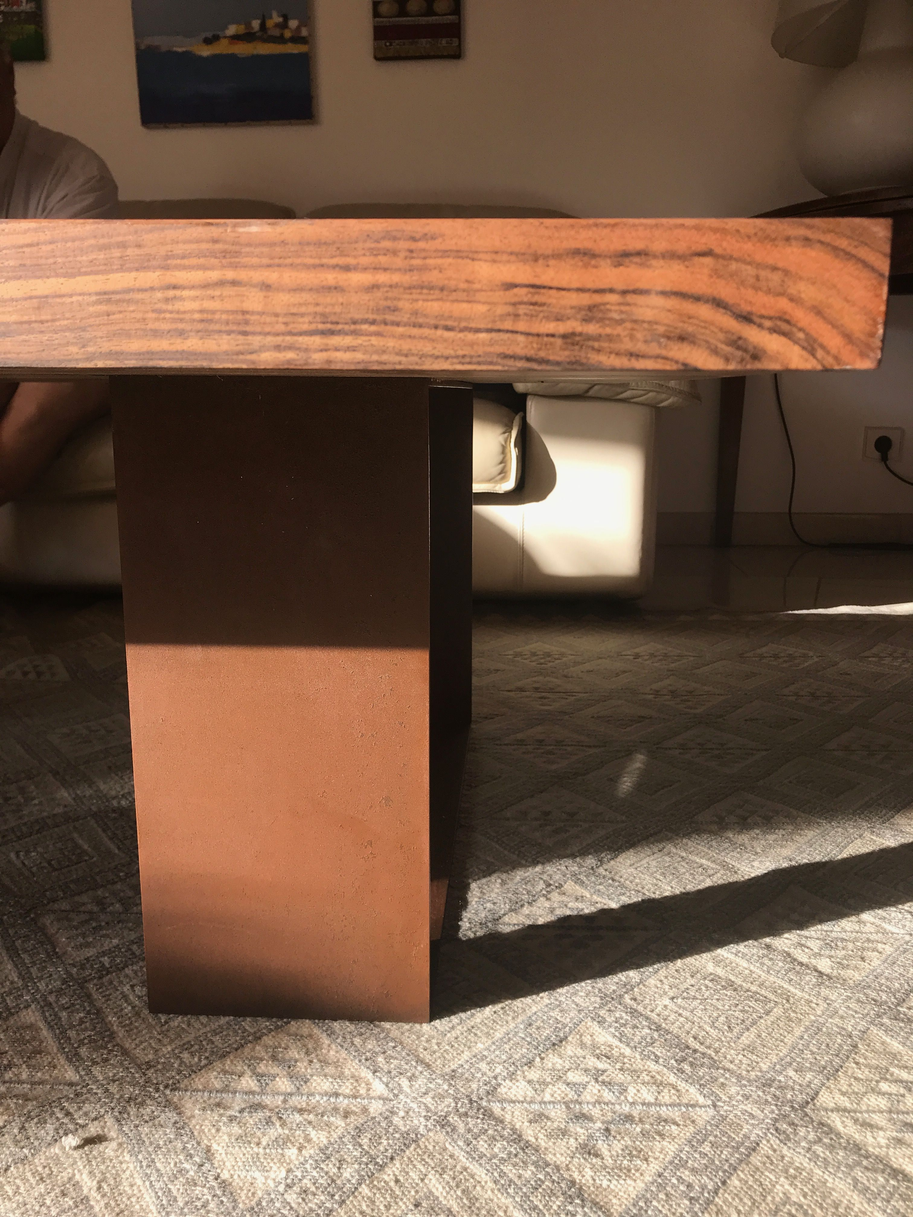 Table Basse Noyer Massif Et Pietement Acier Corten Table Basse En Noyer Table Basse Table