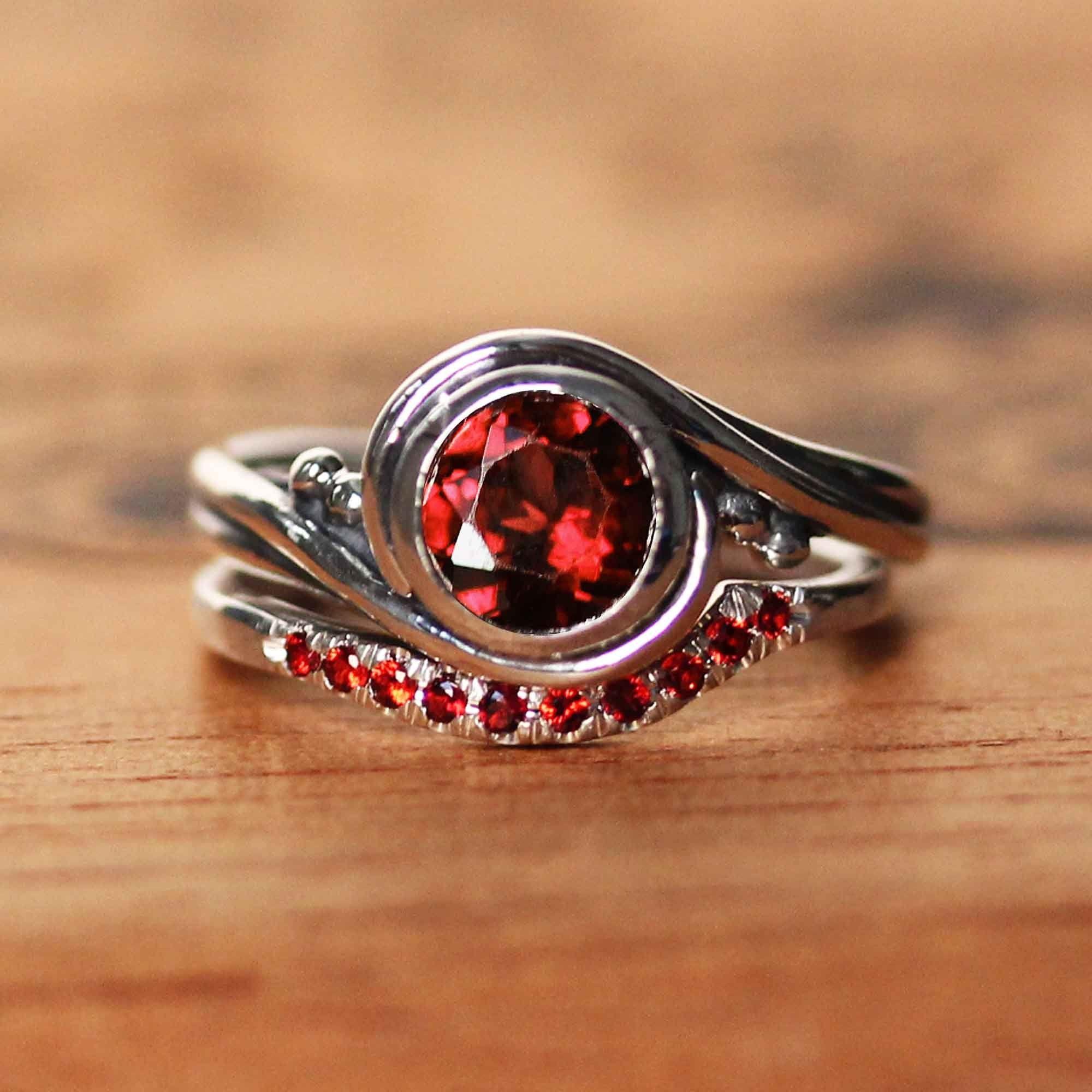 Garnet Engagement Ring Set Anniversary Ring Red Garnet Etsy In 2020 Garnet Engagement Ring Wedding Ring Sets Unique Engagement Ring Settings