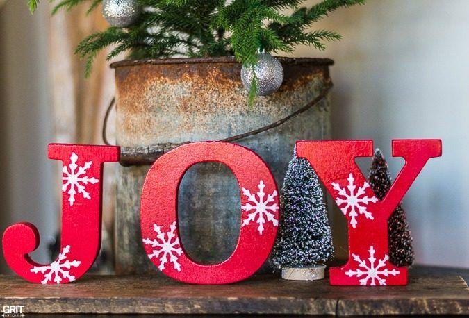 simple diy christmas joy sign