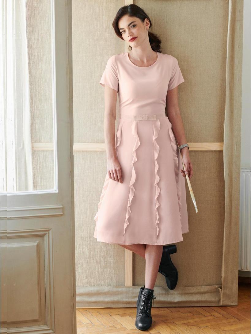 Kleid mit Volants   Frühjahr Sommer ☼   Pinterest   Rose, Shopping ... 26870c48df