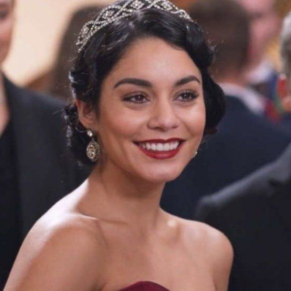 Vanessa Hudgens Is Making A Christmas Movie With Netflix But It S Not The Princess Switch 2 In 2020 Vanessa Hudgens Christmas Movies Beautiful