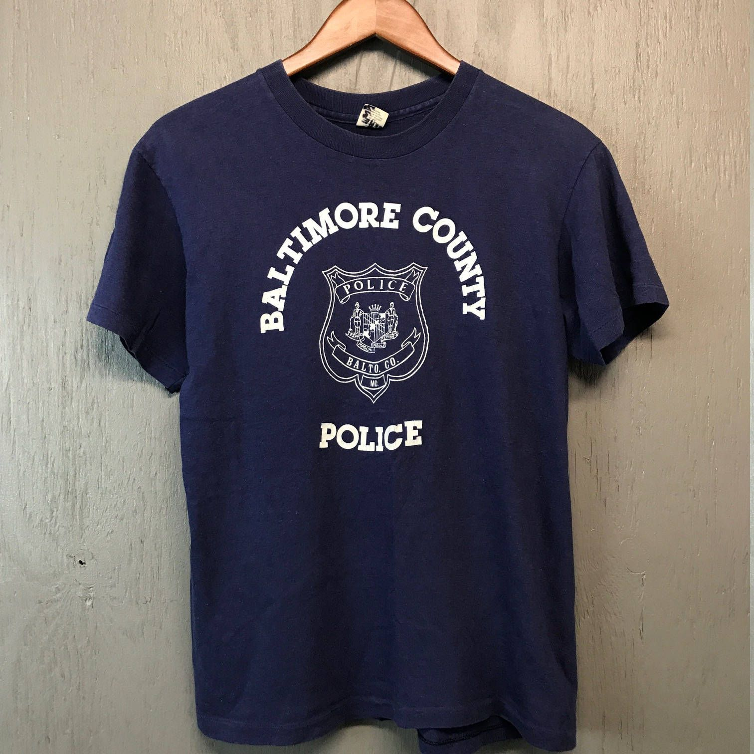 S/M * vintage 70s Baltimore MD Police t shirt