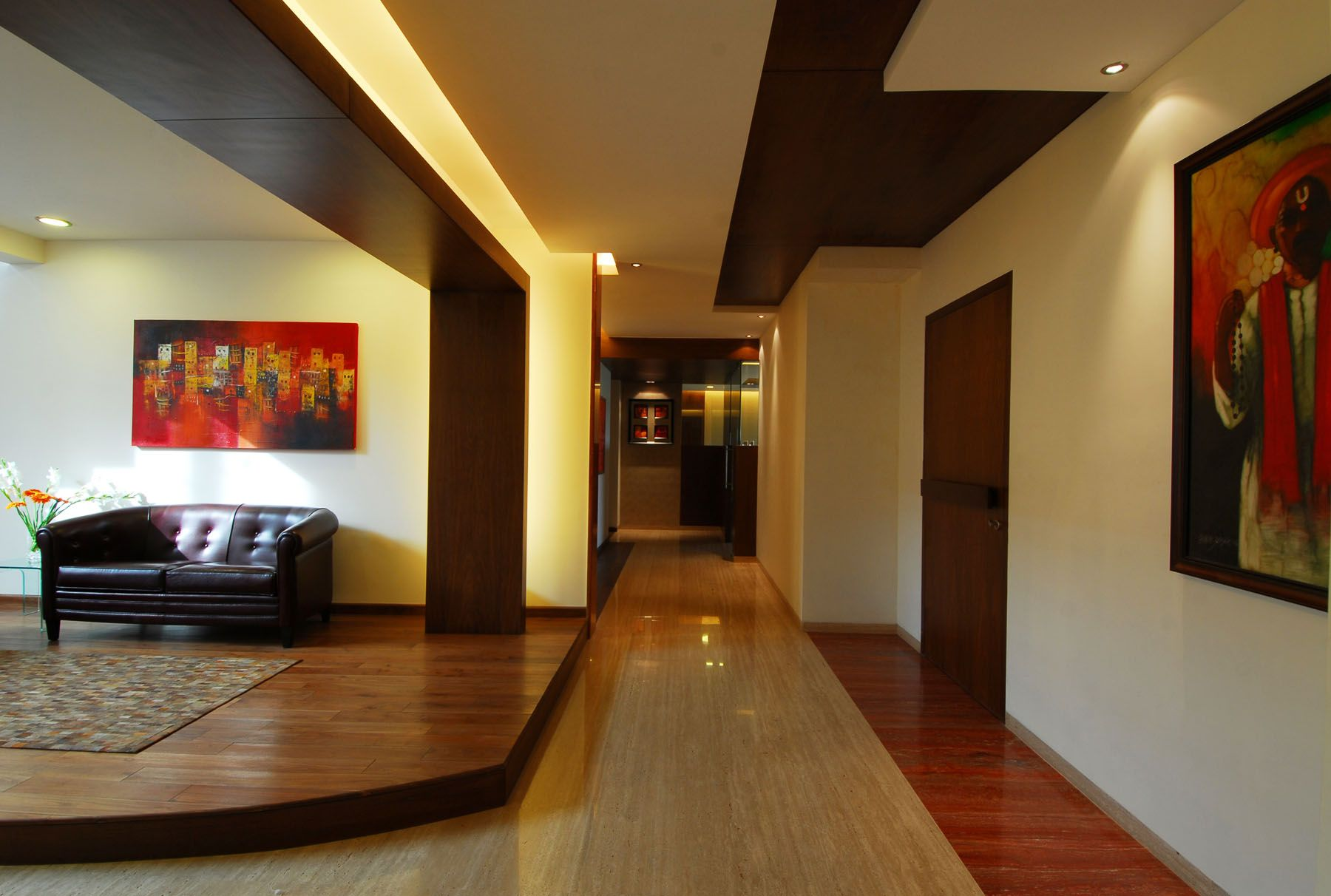 Bangalore Duplex Apartment by ZZ Architects 1 Corredor